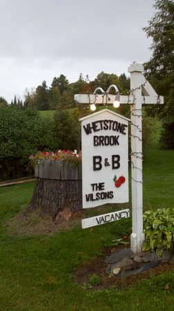 Craftsbury, VT: Whetstone B&B sign