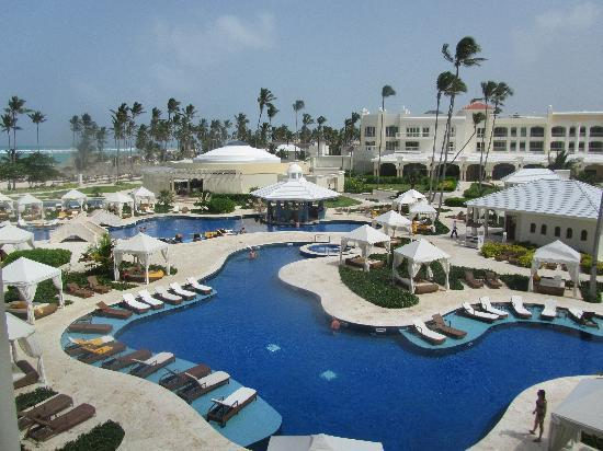 Iberostar Grand Bavaro Hotel: The Pool