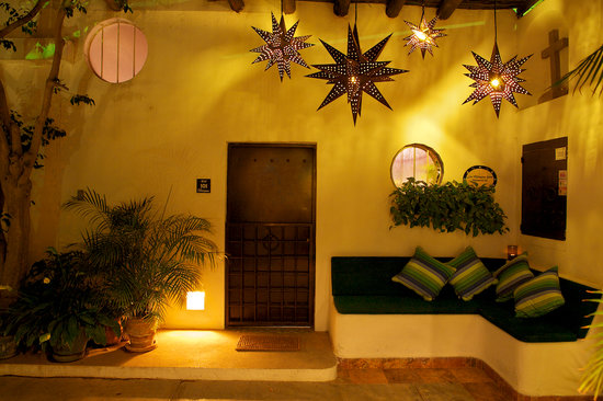 Los Milagros Hotel: Entrance Area