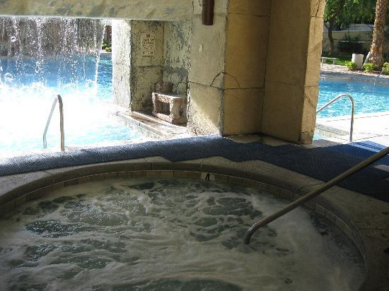 Cancun Resort: Adults Only Hot Tub