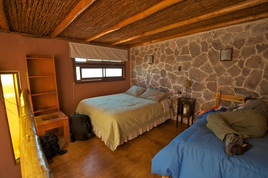 Parina Atacama Apart Hotel: Beds are upstairs in the comfortable loft.