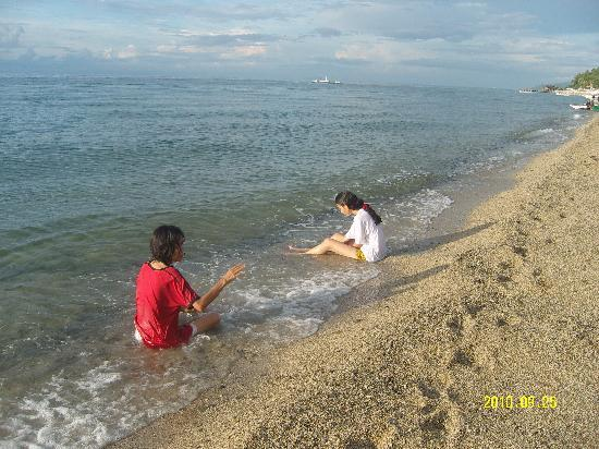 Sabangan Beach Resort: clean beach