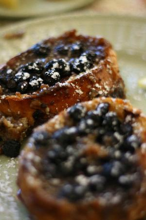 A G Thomson House Bed and Breakfast: Lemon Blueberry French Toast
