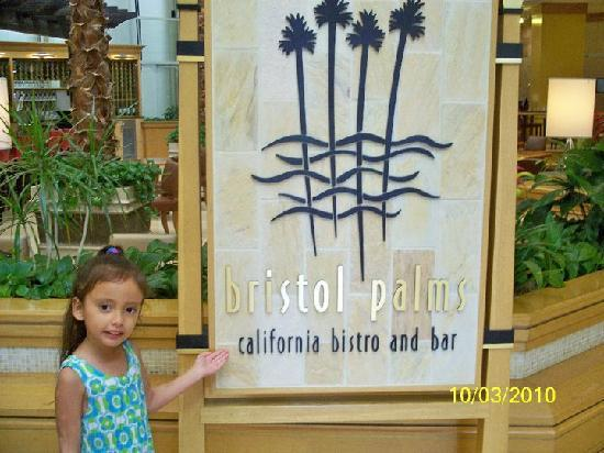 Hilton Orange County / Costa Mesa: Restaurant at Hilton