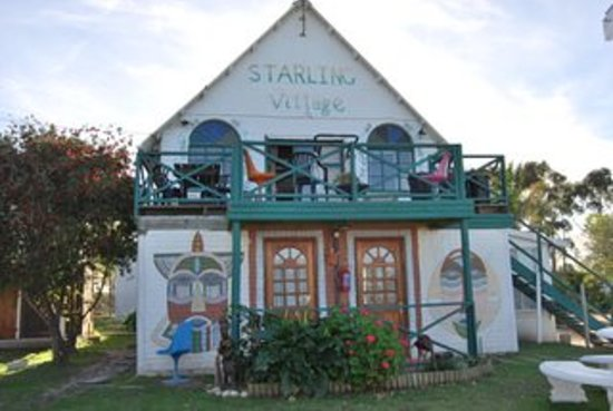 Starling Village Backpackers