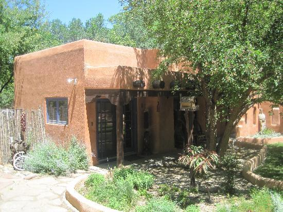ranchos de taos singles over 50 The second bedroom has a king sized french bed and bedroom three can be either two singles or a  arrival date 50% refund if  bath in ranchos de taos vrbo .