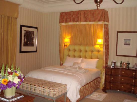 The Mansion at MGM Grand: bedroom