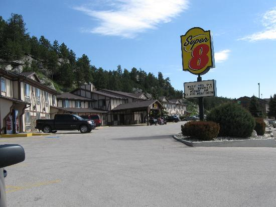 Super 8 Custer / Crazy Horse Area: Super 8, Custer