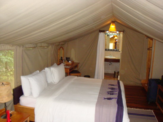 Sarova Mara Game Camp: Our lovely tent