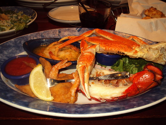 crab, lobster, garlic prawns, breaded prawns - Picture of Red Lobster ...