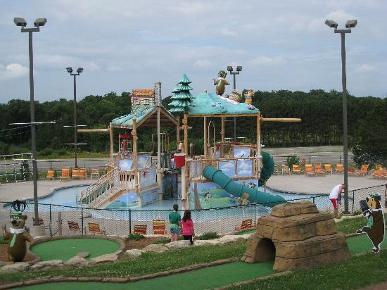 Wisconsin Dells, WI: Waterpark at Jellystone Camprgound