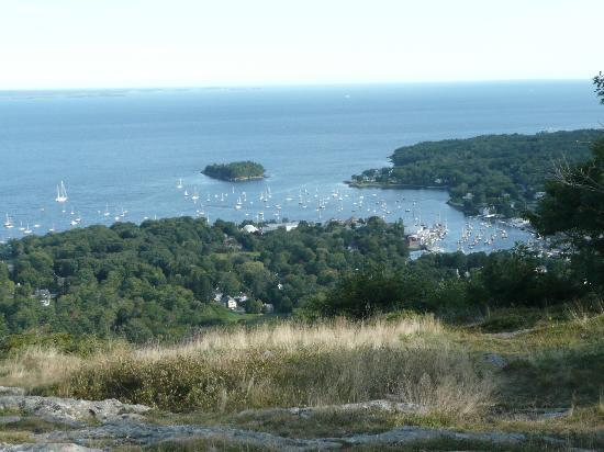 Mid Coast Maine, Мэн: View of Camden from Mt. Battie