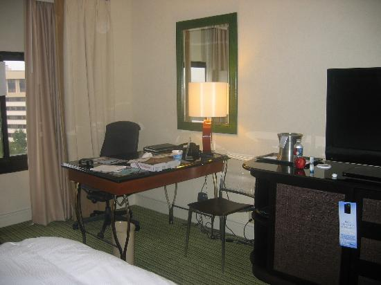 Hilton Orlando Lake Buena Vista: room