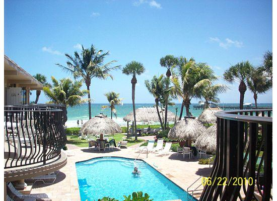 Lauderdale by the Sea, Floride : Pool area at High Noon Resort