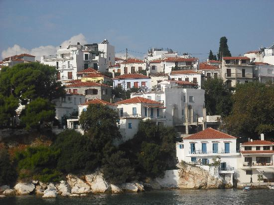 Taverna alexandros picture of hotel costas mary for Skiathos town hotels