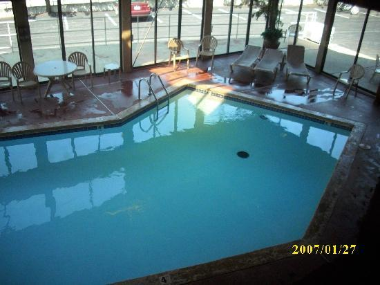 Grand Oaks Hotel: indoor swimming pool