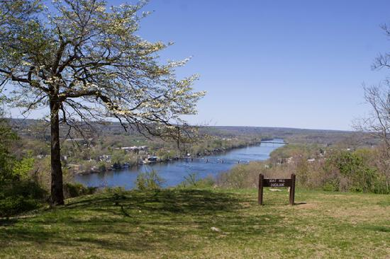 Lambertville, NJ: Goat Hill Overlook