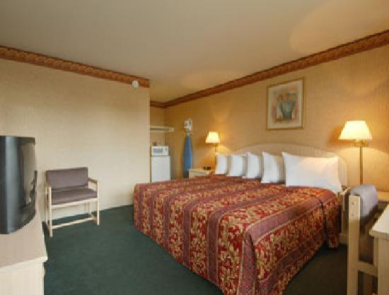 Days Inn Rochester Thruway/Henrietta: King Bed Room