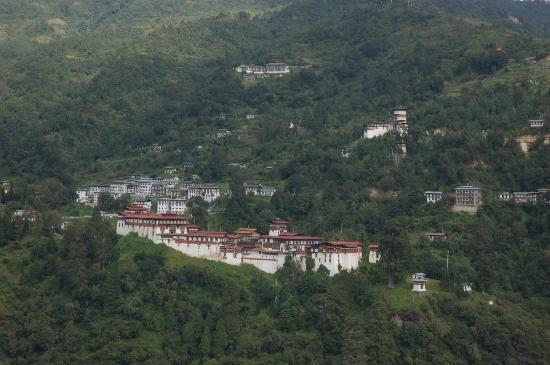Trongsa dzong from the balcony