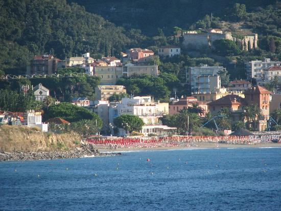 Photos spotorno images de spotorno ligurie tripadvisor for Hotel meuble giongo