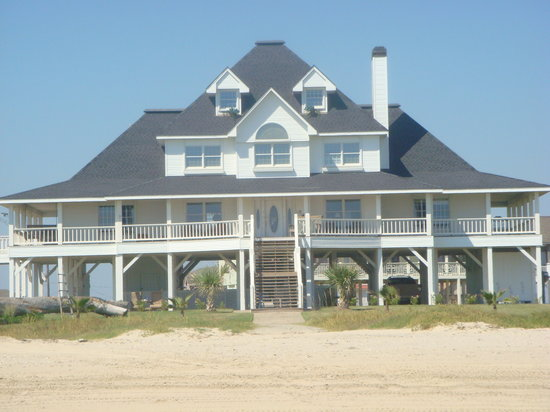 Crystal Beach, Τέξας: Casa Blanca as you see her from the beach front