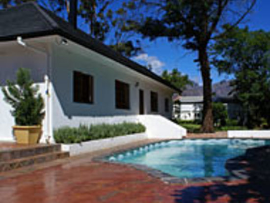 Klein Nederburg Country Guest House