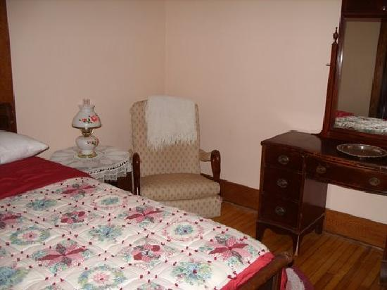Green Apple Inn Bed and Breakfast: Apple Blossom Room