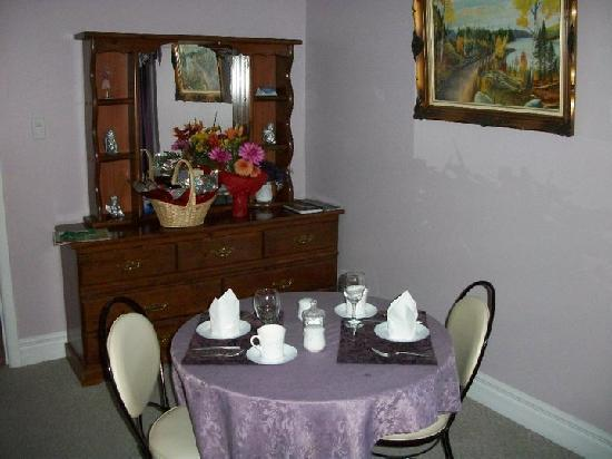 Angel&#39;s Hideaway: Our cute little private dining table