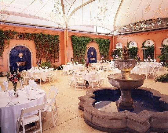 Hotel De Anza: Palm Court Terrace