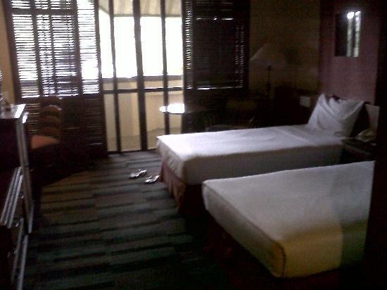 Baguio Country Club Deluxe Room