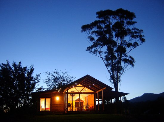 Promised Land Cottages: couple's cottage by night