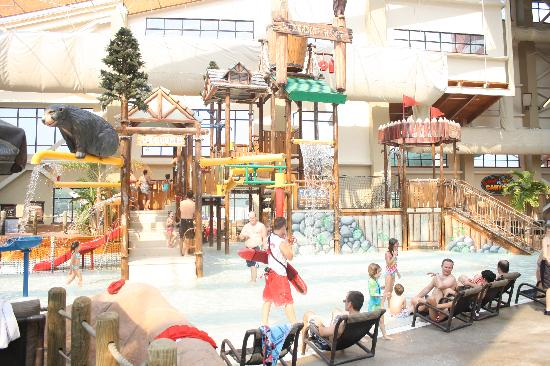 Wilderness at the Smokies Resort: kids play area