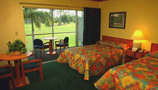 Hollywood Beach Golf Resort: Our fantastic Hotel overlooking the 17th Hole
