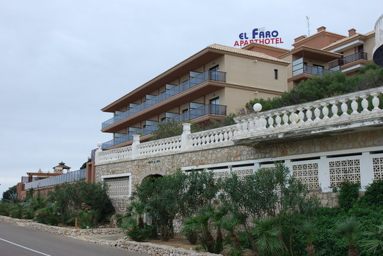 Aparthotel El Faro