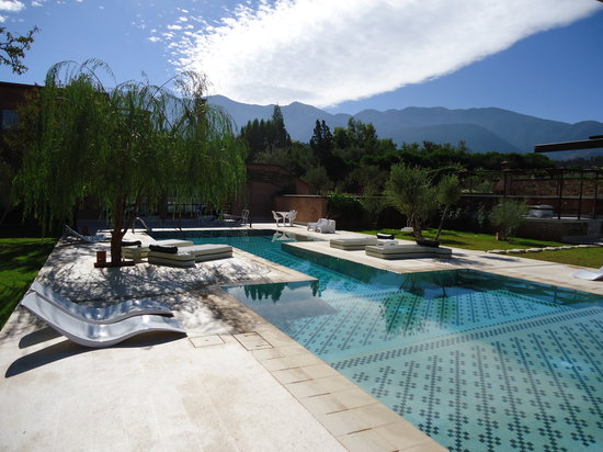 DOMAINE MALIKA Atlas mountains Hotel: Beautiful pool