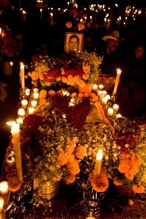 Patzcuaro, เม็กซิโก: Day of the Dead is Magical