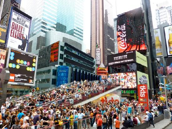 Treppe Am Times Square Picture Of Times Square New York City TripAdvisor