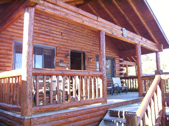 Lodges at Cresthaven: Cabin 16