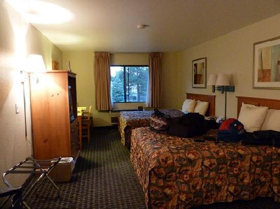 Days Inn and Suites Flagstaff East: 室内1
