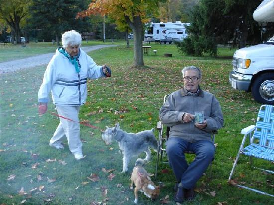 Hickory Hill Family Camping Resort: Mom and Dad and relaxing by the fire