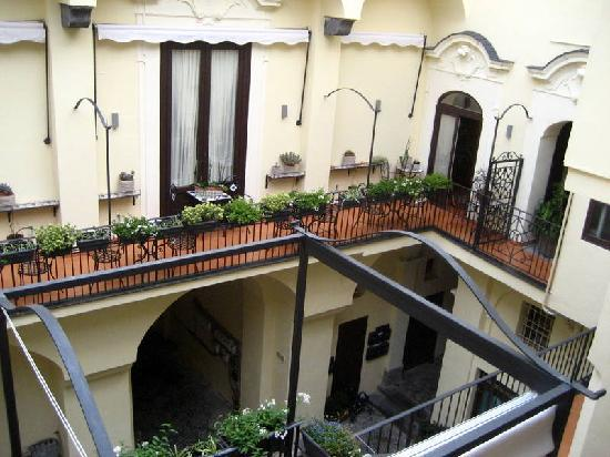 Palazzo Montefusco Sorrento: view from the breakfast dinning area
