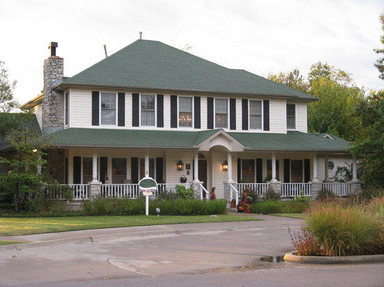Montford Inn and Cottages: The Montford Inn, Norman, OK