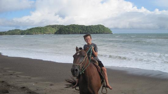 El Sitio Playa Venao: Horseback riding for kids