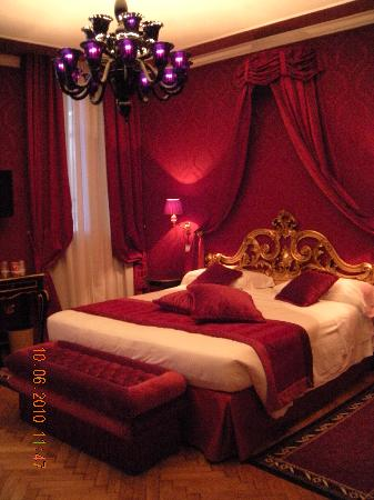 Hotel Al Duca di Venezia: our room