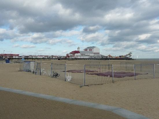 Great Yarmouth, UK: Deserted Pier