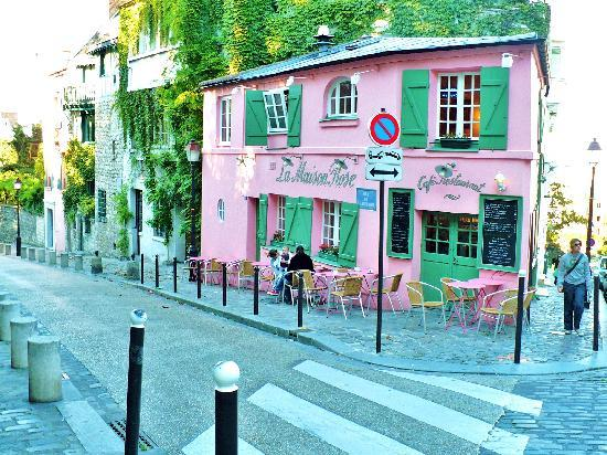 Montmartre la maison rose 2 rue de l abreuvoir picture of paris ile de france tripadvisor for Photo maison