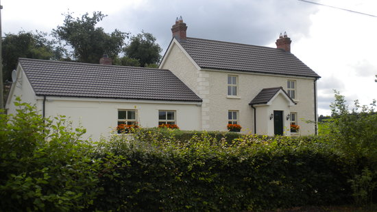 Darley Cottage: Beautiful country cottage down a high hedged  lane