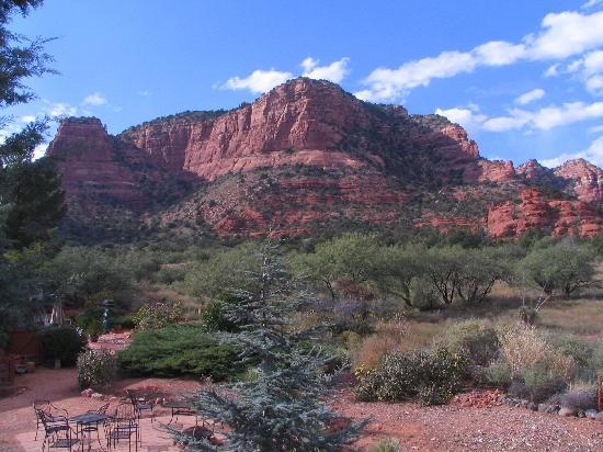Canyon Villa Bed and Breakfast Inn of Sedona: More view from room and balcony