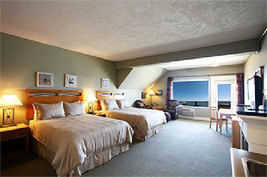 Sidney Waterfront Inn & Suites: Waterfront Studio Suite