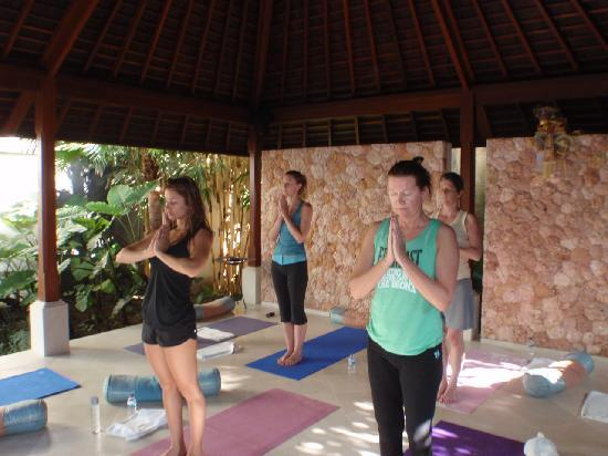 Surf Haven Bali: Yoga
